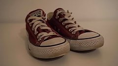 My Sister's Shoes: Converse low maroon I 4K